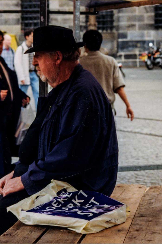 Adam_Dam_07-1999_09